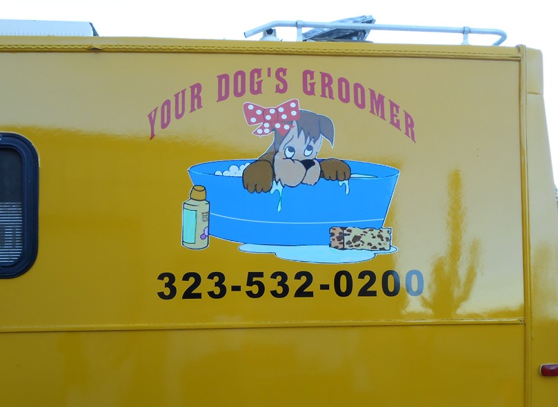 Your-Dogs-Groomer-Truck